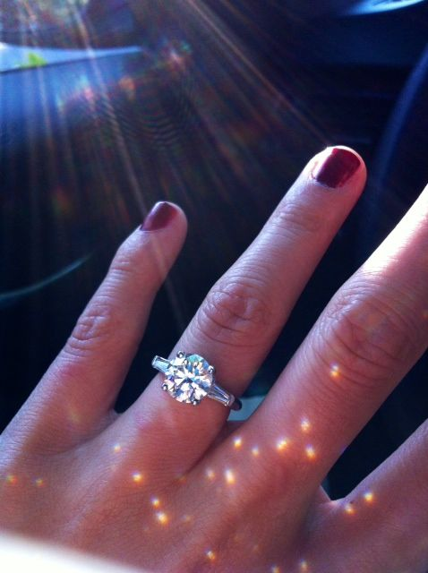 Show me your 2 carat + diamond rings (With images) | 2 carat .