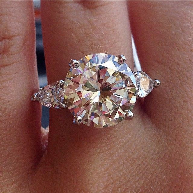 5 Carat Diamond Rings