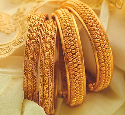9 Best Designs of 8 Gram Gold Jewellery Bangles in Ind