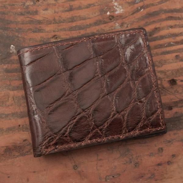 Amish Hand Made Brown Alligator Billfold Wallet – Yoder Leather .