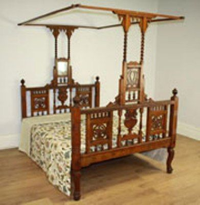Indian Antique Beds | Traditional canopy beds, Antique beds, Bed .