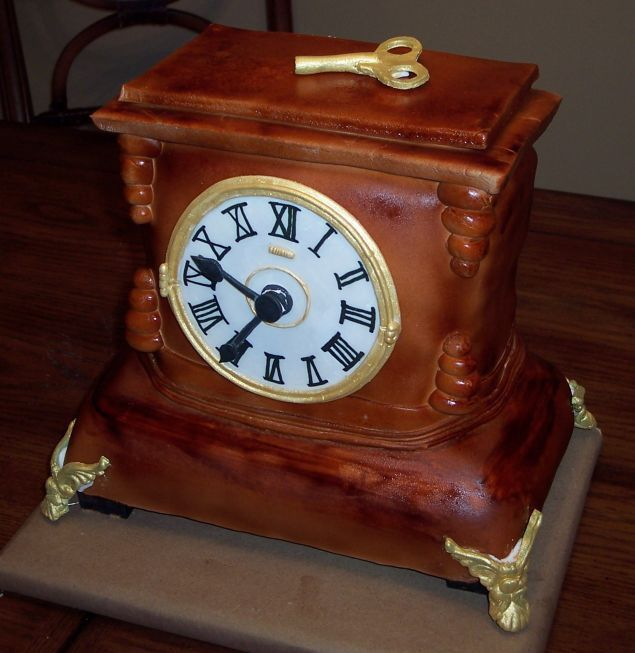 Antique Clock Cake | Unique cakes designs, Clock, Halloween .