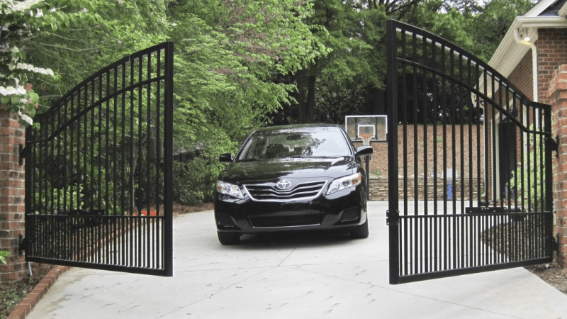 10 Latest Automatic Gates For Homes With Pictures In 20