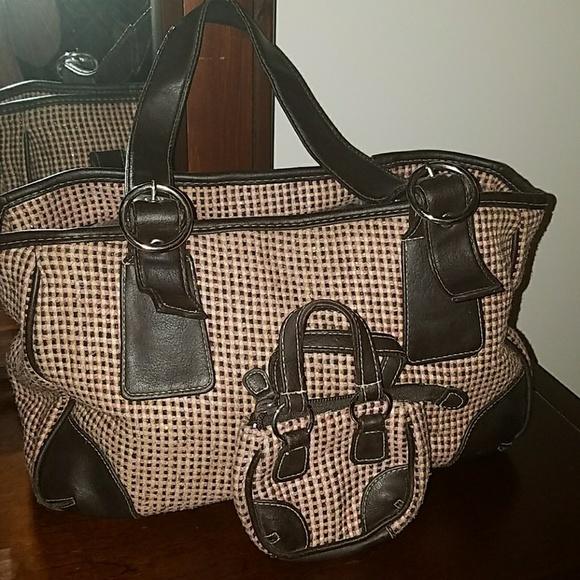 Avon Bags | Like New Hand Bag With Change Purse | Poshma