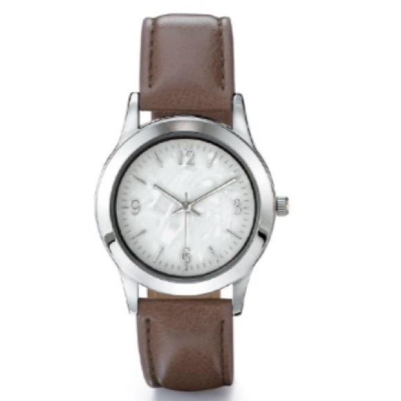 Avon Accessories | Ladies Quartz Wrist Watch | Poshma