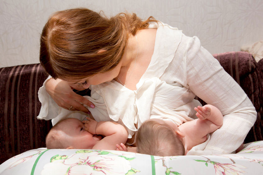 Do I Need a Breastfeeding Pillow? - Breastfeeding Suppo