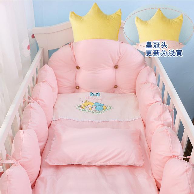 9pcs/set Crown Design Baby Bedding Set Include Bumper Pillow Quilt .