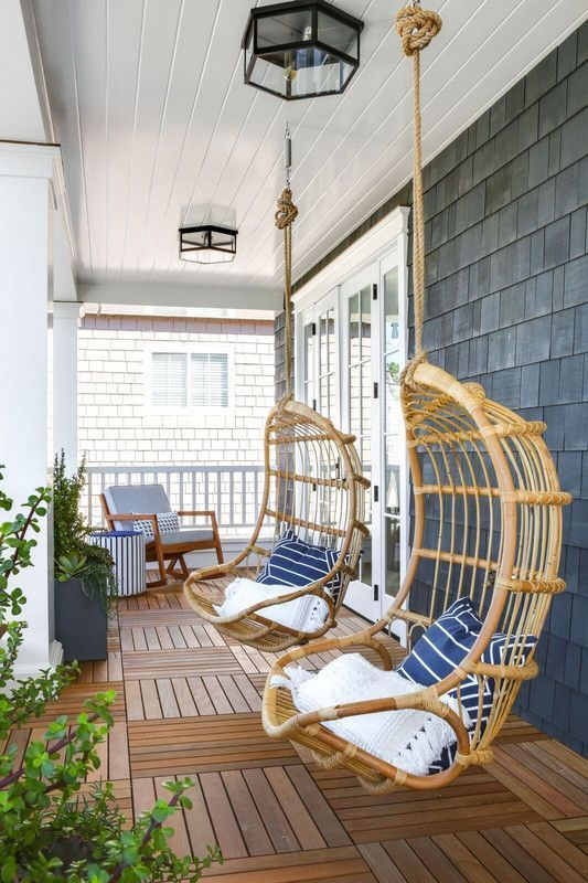 The One Thing Your Patio Is Missing | Porch chairs, Porch design .