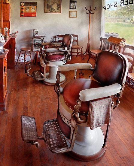 Old vintage barber chair! Love. | Barber, Barber chair, Vintage barb