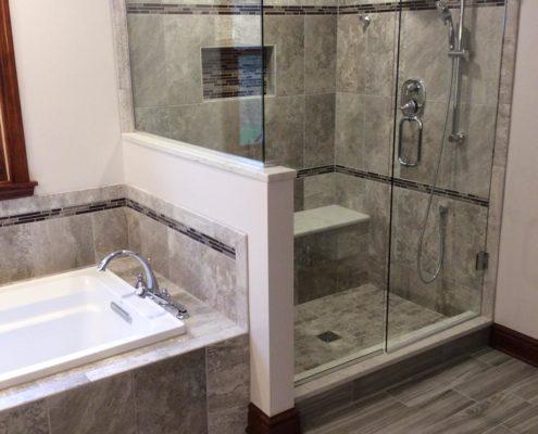 Bathroom Showers - American Craftsmen L