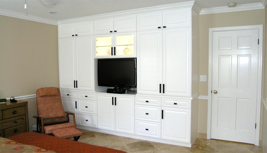 Bedroom Cabinets - Schoeman Constructi