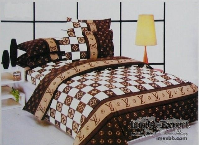 Chanel pillows,Gucci Bedsheets,comforters,bed set china supply .