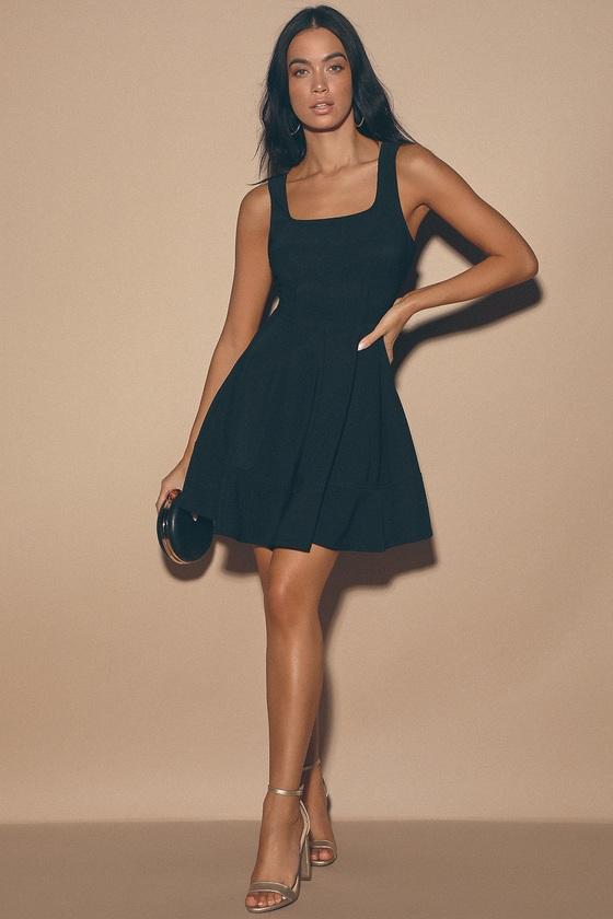 Pretty Black Dress - Skater Dress - L