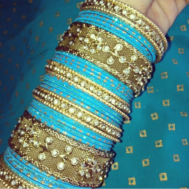 Sky Blue bangles (With images) | Bridal bangles, Bangles indian .