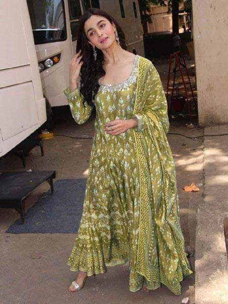 Aliya Bhatt Designer Bollywood Chanderi Kurti – FashionVib