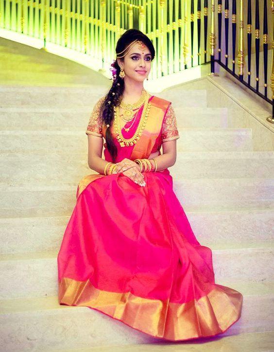 Plain rose wedding saree with golden border - Indian Wedding .