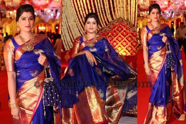 Blue Bridal Sari with Big Border | Bridal sari, Silk saree blouse .