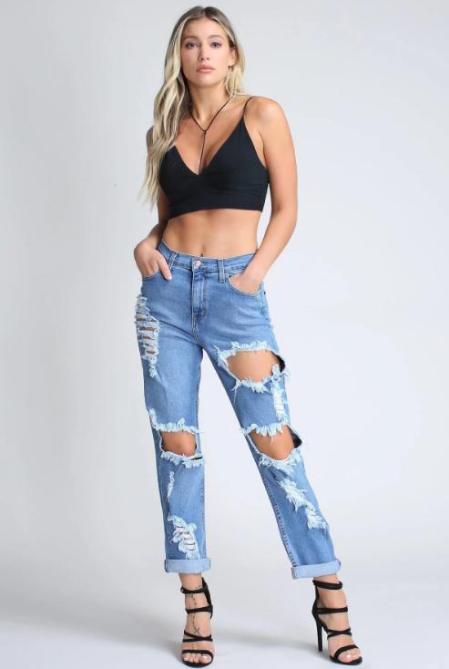 "Ole Jackson Hole"" Distressed Boyfriend Jeans ~ Medium Blue Denim ."