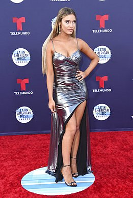 Celebrity Dresses by Jovani - Red Carpet Gow
