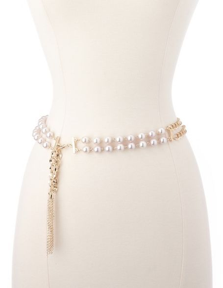 I love wearing chain belts...perfect for accenting your waistline .