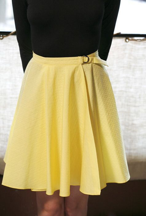 Wrap Skirt Tutorial (With images) | Circle skirt tutorial, Wrap .