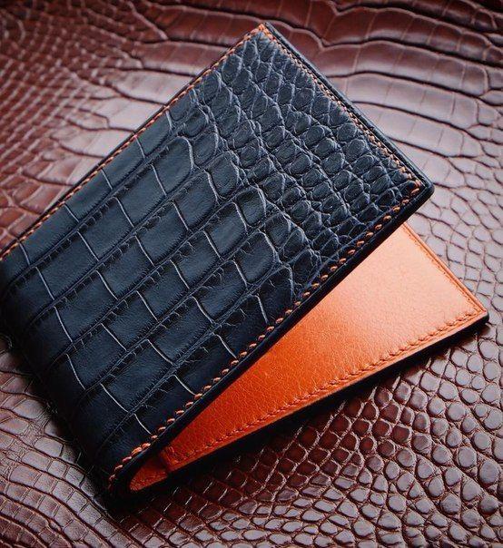Luxury Crocodile Wallet, Premium Crocodile Bifold Wallet .