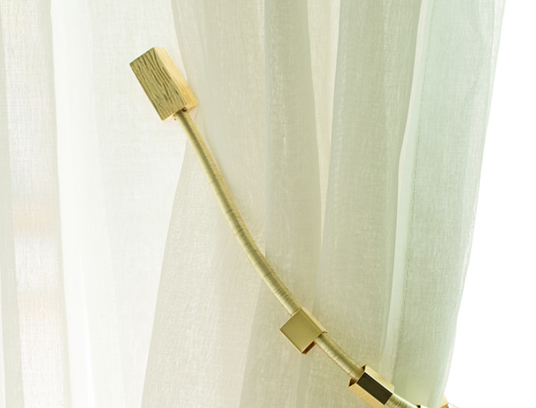 Simple Modern Creative Magnetic Curtain Holder Curtain Accessories .