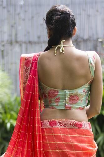 14 Sassy Deep Back Neck Blouse Designs For Sarees (With images .