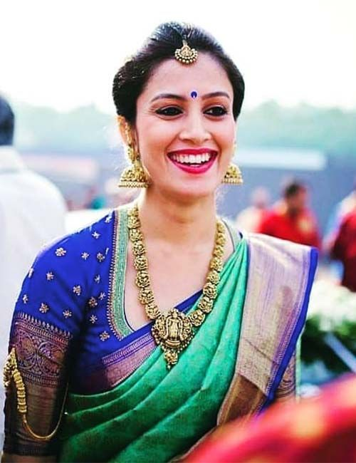 20 Latest Plain Saree With Designer Blouse Ideas | Bridal blouse .