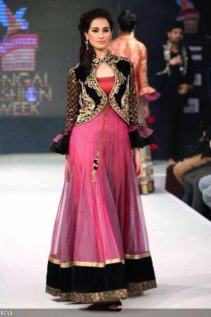Salwar Kameez Designs: Stylish designer Salwar Suit Designs (With .