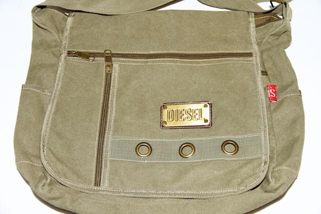 Diesel Shoulder Bag /// Sac à bandoulière Diesel – $15 | Vente de .