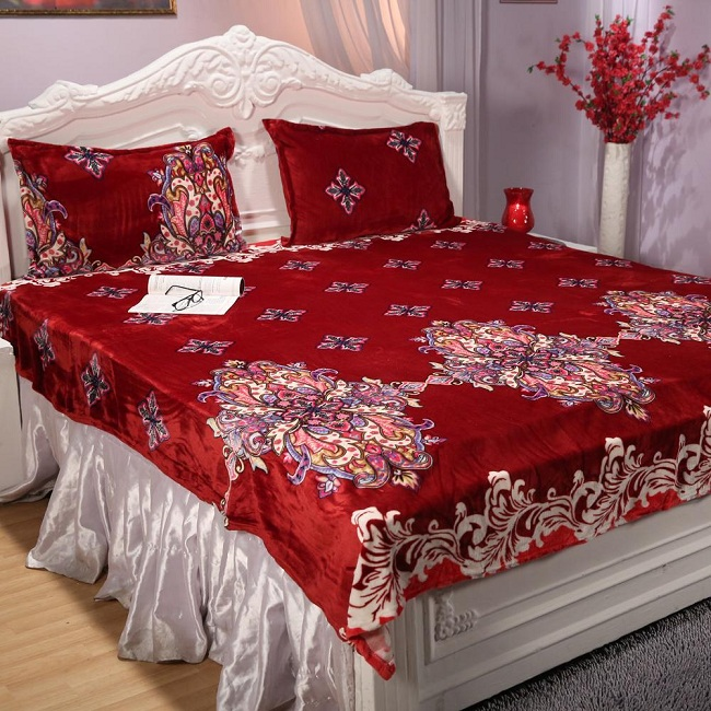 10 Best Double Bed Sheet Designs With Pictures In 20