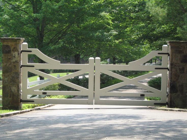 gate at Blackberry Farm | Ideas | design my house ideas .
