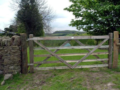 12FT X 4FT TIMBER DIAMOND BRACE WOODEN FIELD FARM GATE | eBay .