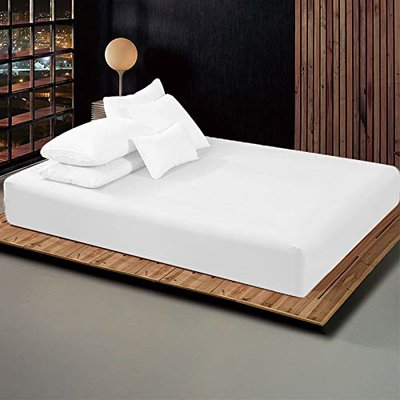 Ebern Designs Averi Fitted Sheet Set Size: King, Colour: White in .