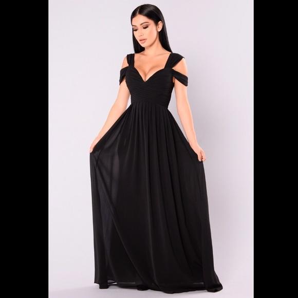 Fashion Nova Dresses | Black Off The Shoulder Floor Length Dress .