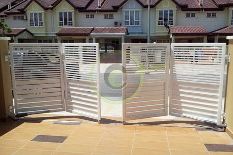 Folding gate: | Front gate design, House gate design, Main gate desi