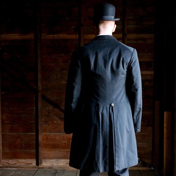 Edwardian Era 1904 Men's Frock Coat Medium Size   Et