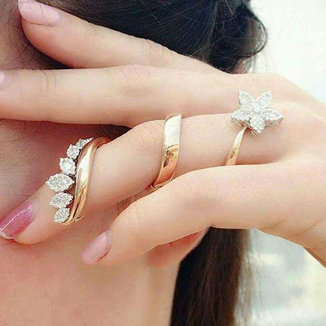 Diamond Spiral flower full finger ring. Yes or No? Double tap if .