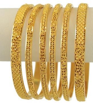 GOLD BANGLES IN 10 GRAMS - Folk Fe