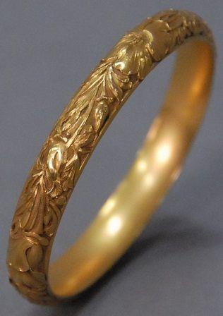 15 Latest Gold Bangles in 10 Grams | Gold bangles design, Gold .