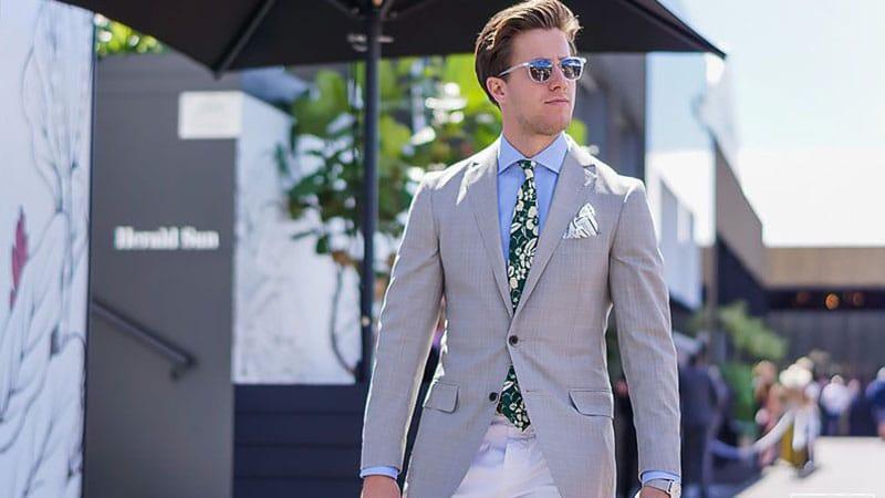 How to Wear a Grey Blazer With Style - The Trend Spott