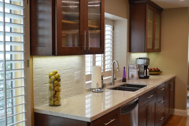 Hall Kitchen Designs