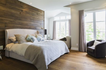 10 Tips for Decorating a Beautiful Bedro