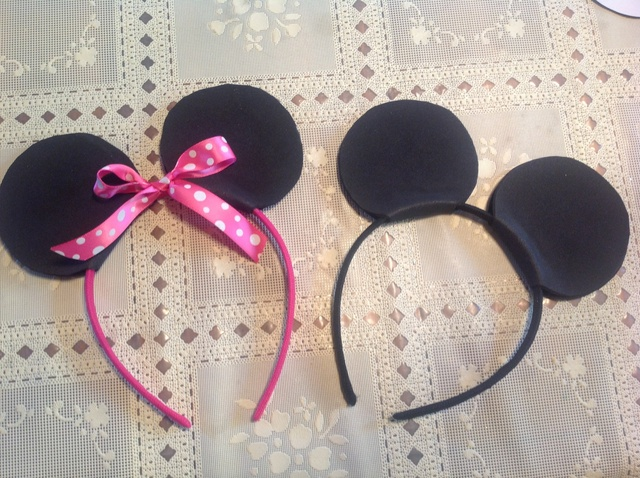 How to Make a Mickey & Minnie Mouse Headbands - Snapgui