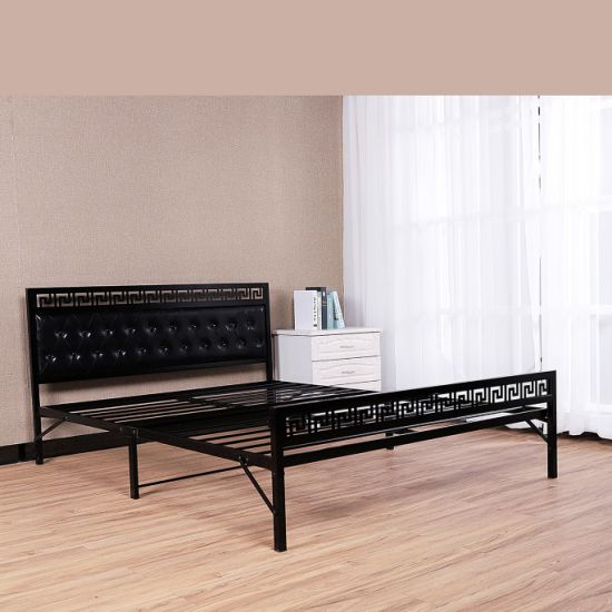China Modern Wrought Iron Metal Frame Bed Sturdy Single Iron Bed .