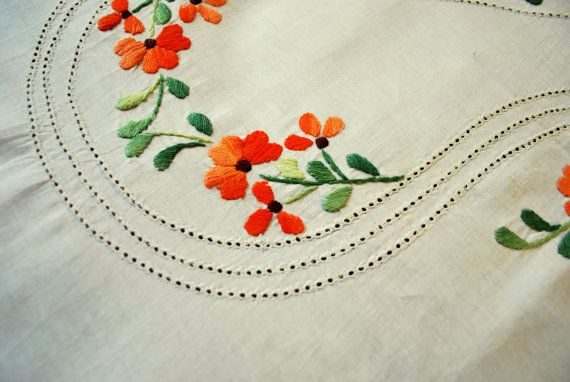 Fully hand embroidery pure cotton king-size bed sheet with 2 .
