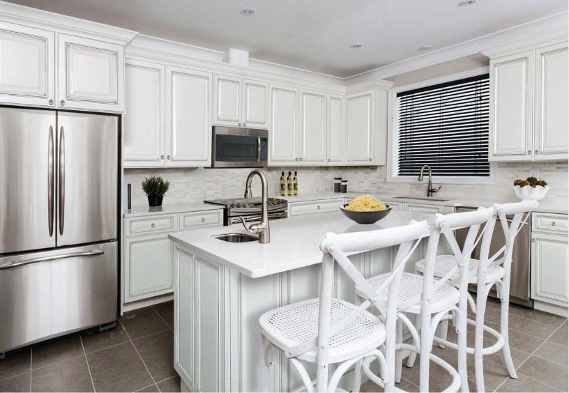 Avalon White Kitchen Cabinets | RTA Cabinet Sto