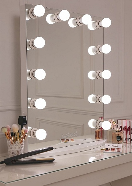 10 Pretty & Cool Vanity Mirror Designs With Pictures | Styles At Li