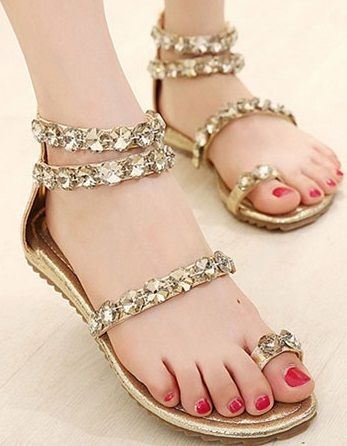9 Latest Designer Flat Sandals for Women With Images | Fancy .